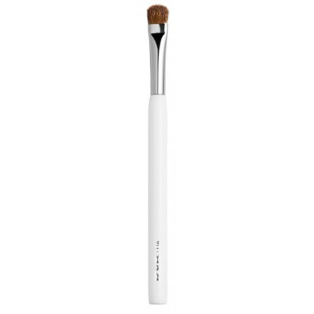 makeup brush rvb cosmetics