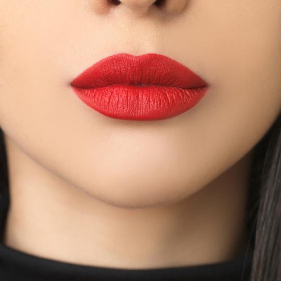 Liquid lipstick Rouge